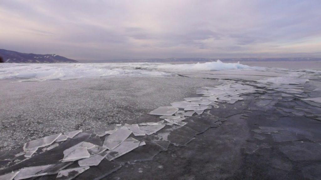Жителей Тверской областями предупреждают об опасности тонкого льда: ВИДЕО