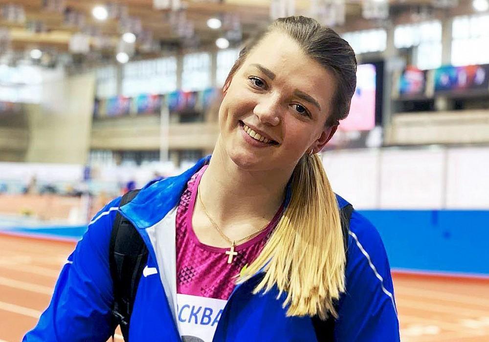 Тверская легкоатлетка Алена Гордеева дальше всех толкнула ядро на всероссийских соревнованиях