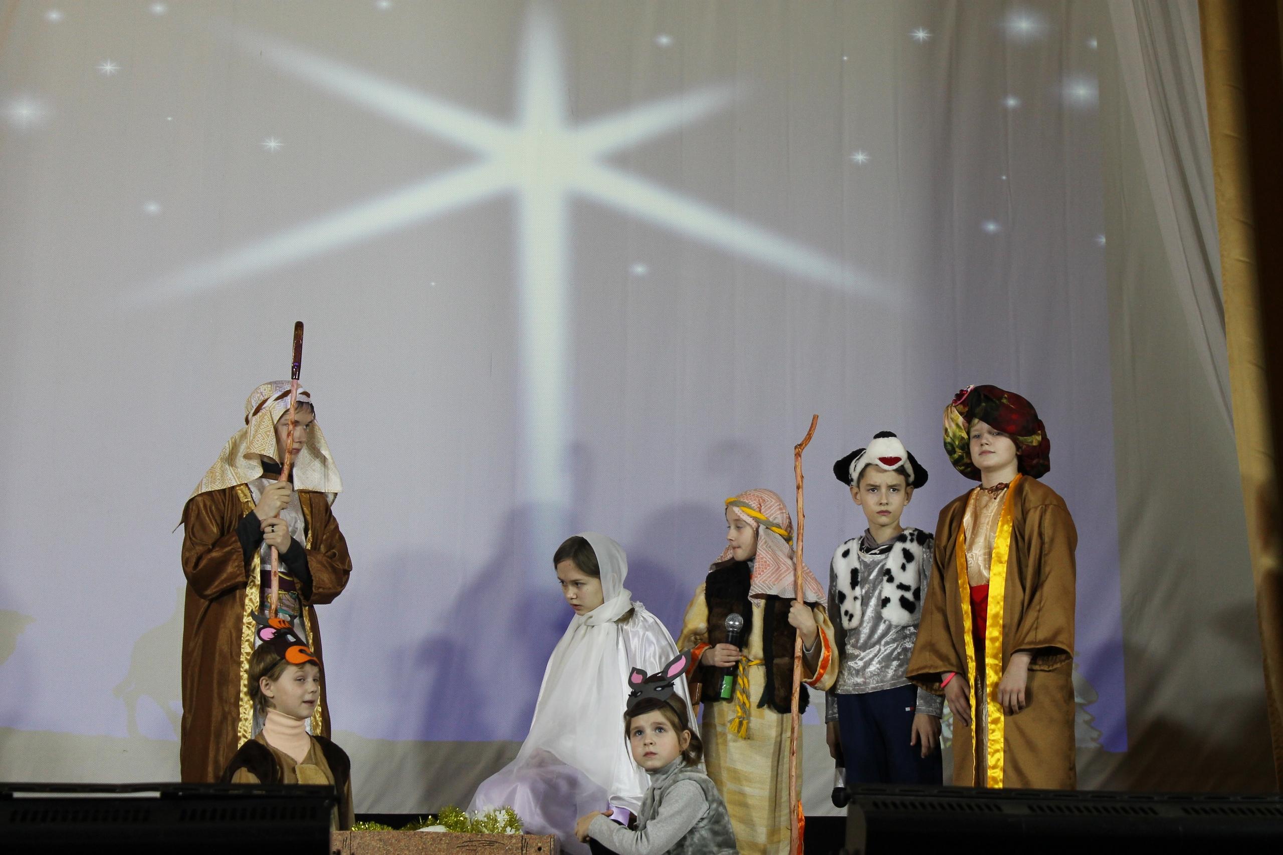 В Жарковском районе дети поставили на сцене спектакль про Рождество Христово