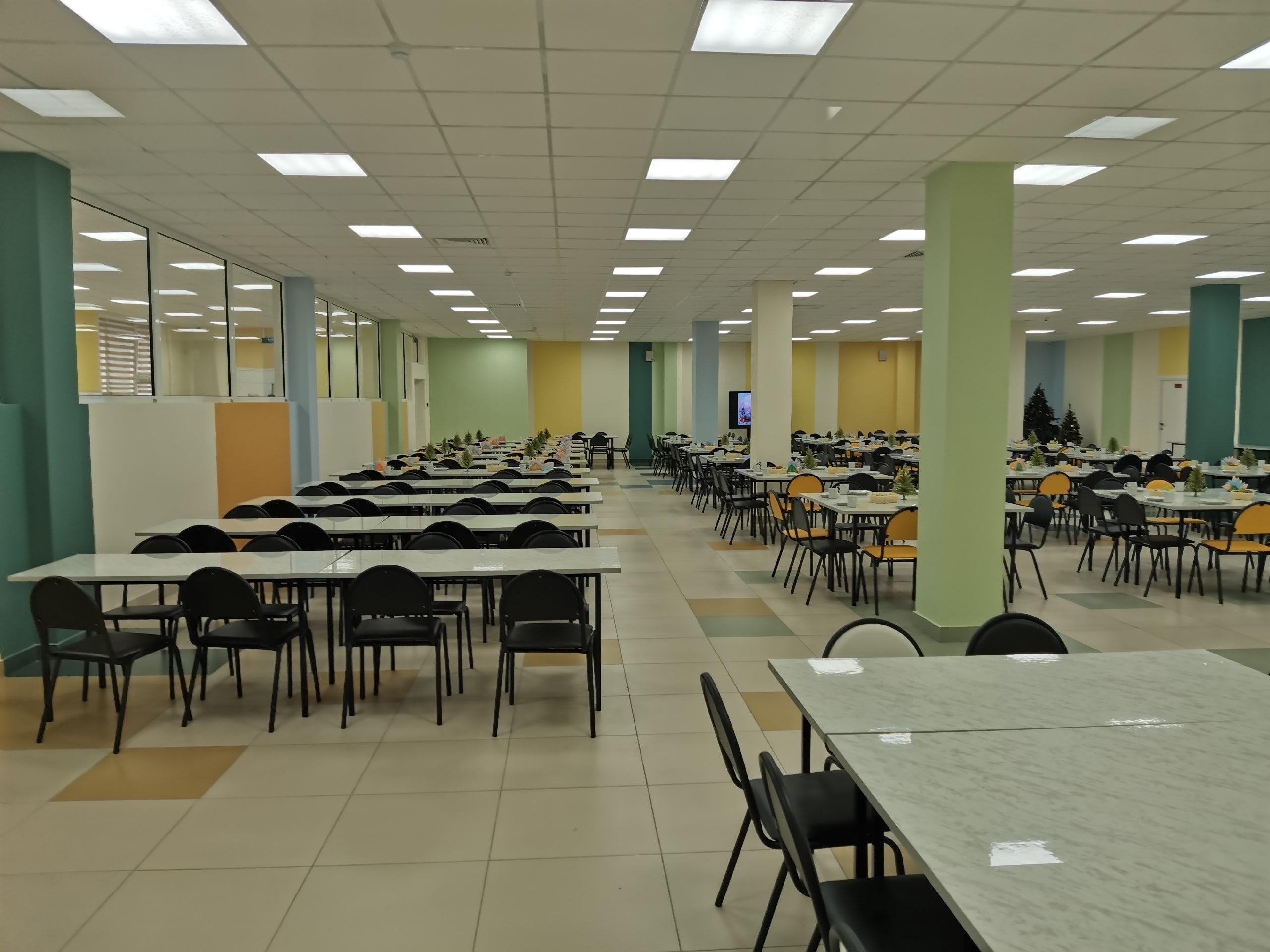 Тверские школы начали принимать заявления на зачисление в первый класс