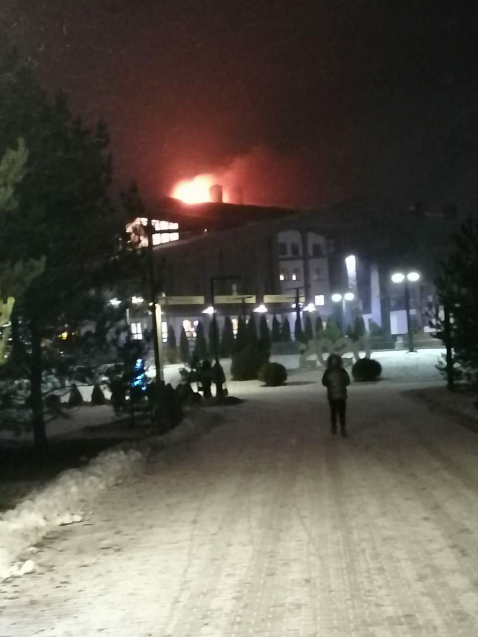 Пожар в гостинице в Тверской области удалось потушить без жертв