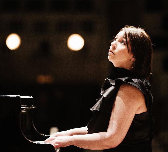 В Твери с фортепианным концертом выступит Ксения Башмет