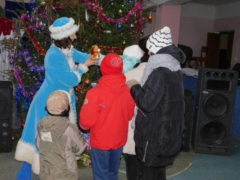 В Тверской области собрали подарки для нуждающихся