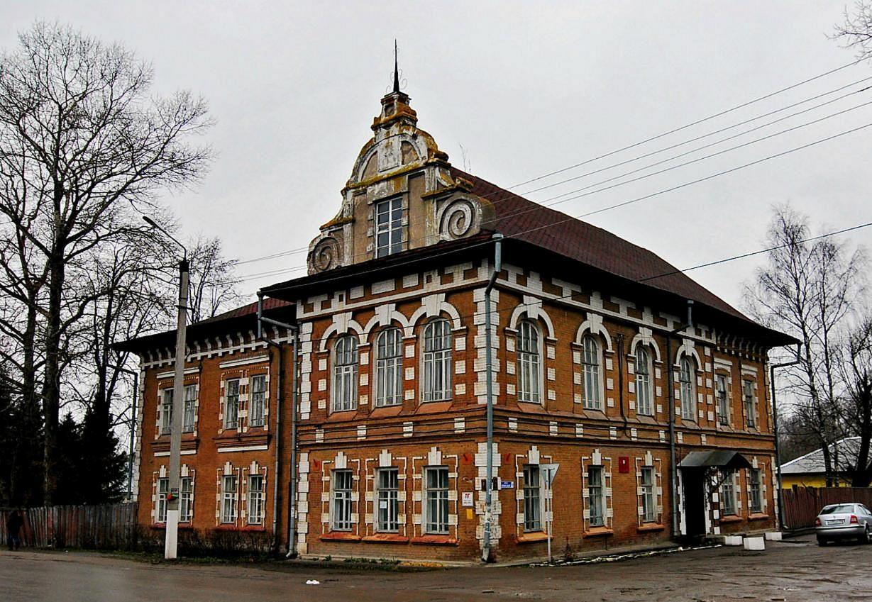 В Бежецке установят памятные доски на зданиях бывших военных госпиталей