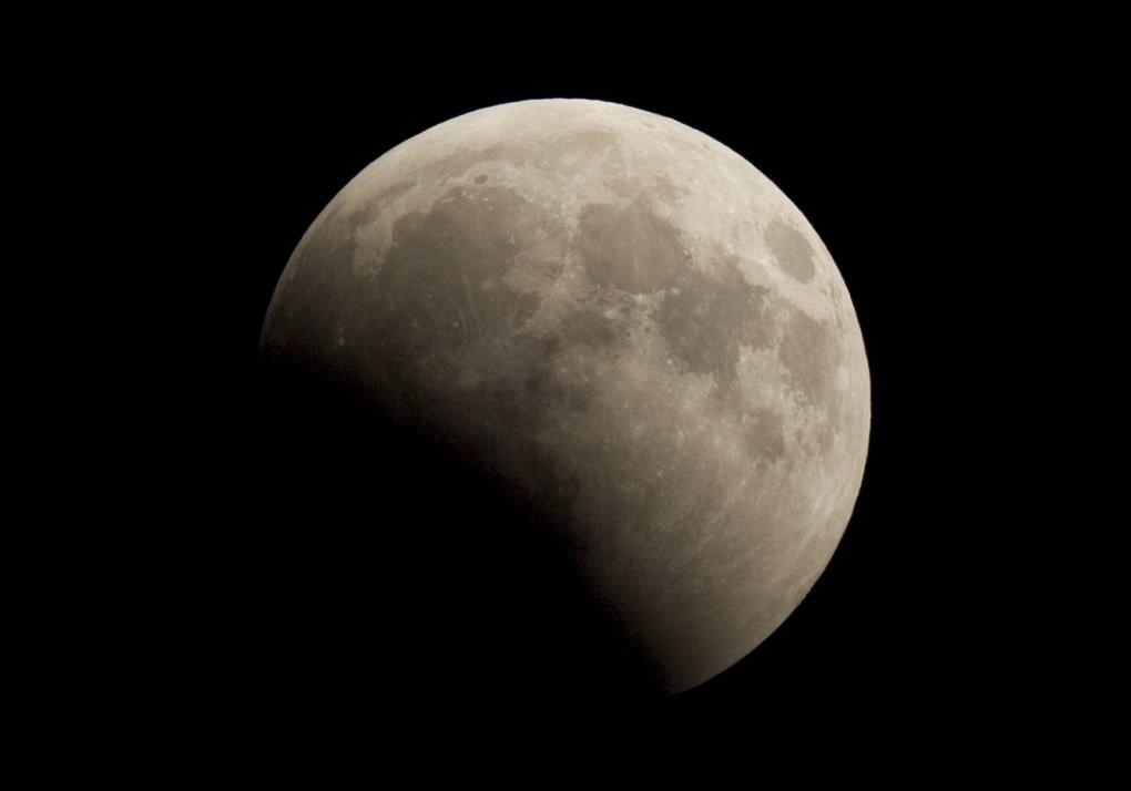 В ночь на 11 января жители Тверской области увидят полутеневое лунное затмение
