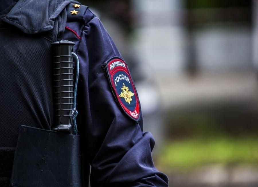 В новогодние праздники пьяная женщина из Тверской области напала на полицейского