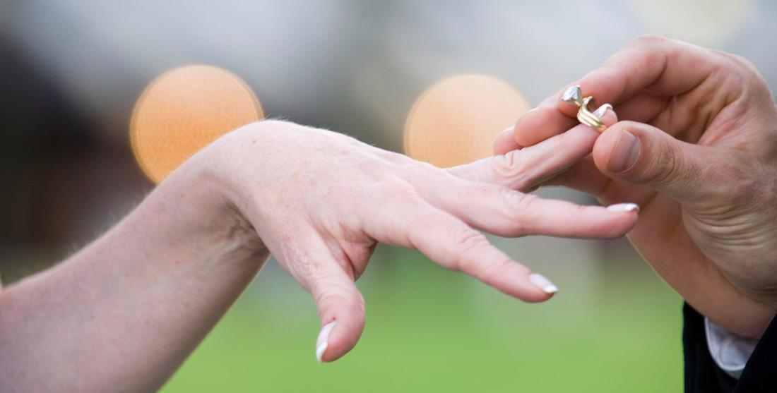 Жительница  Тверской области вышла замуж за 10 тысяч рублей