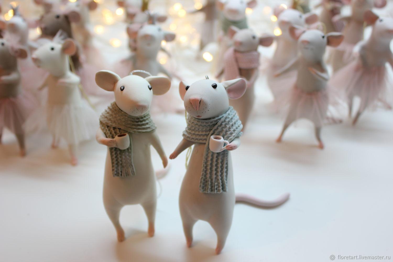 Жители Твери купили 550 сувенирных крыс