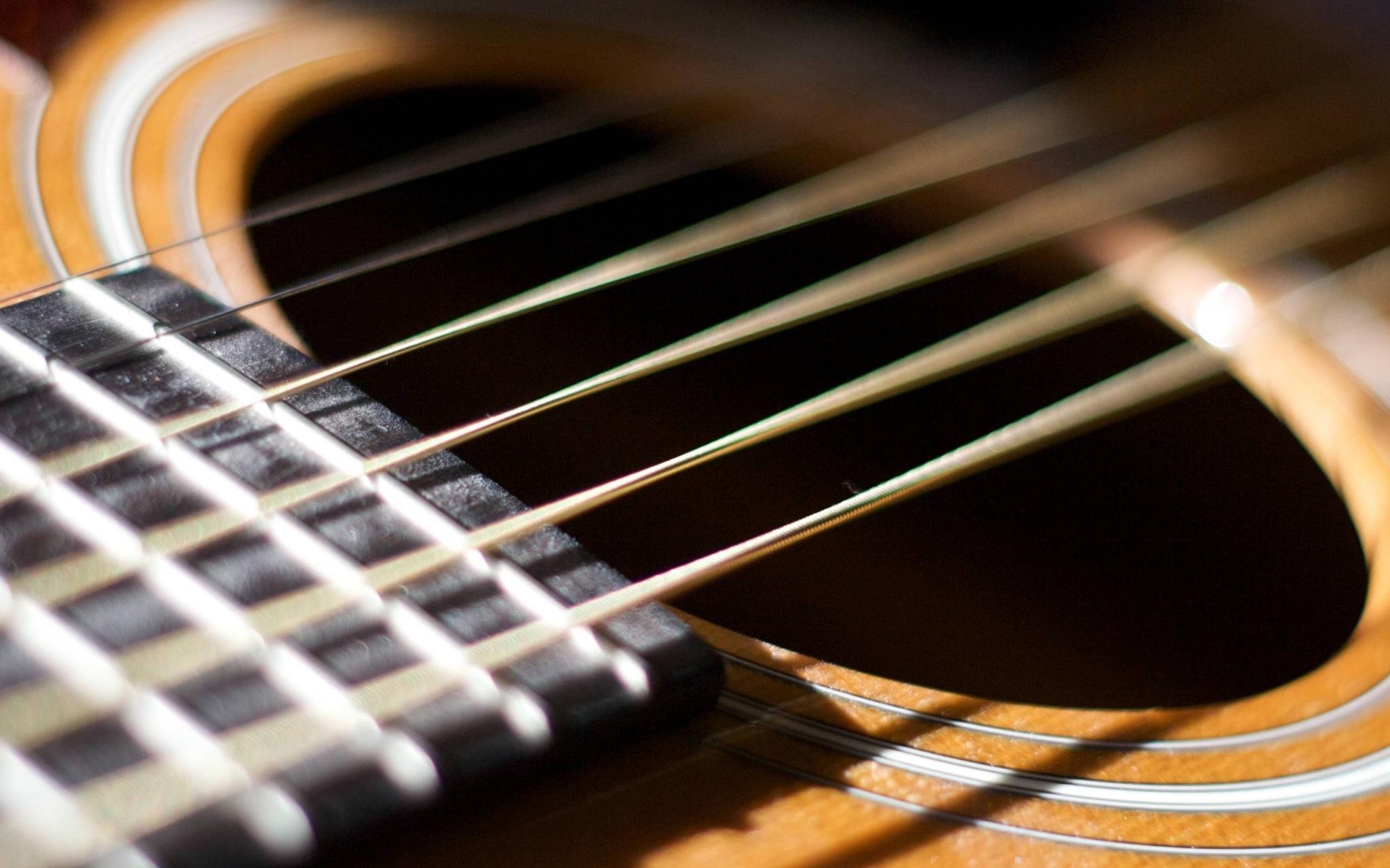 Жителей Твери приглашают на лекцию-концерт «Век гитары»