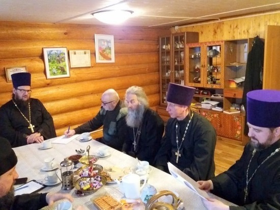В Старице прошло общее собрание духовенства