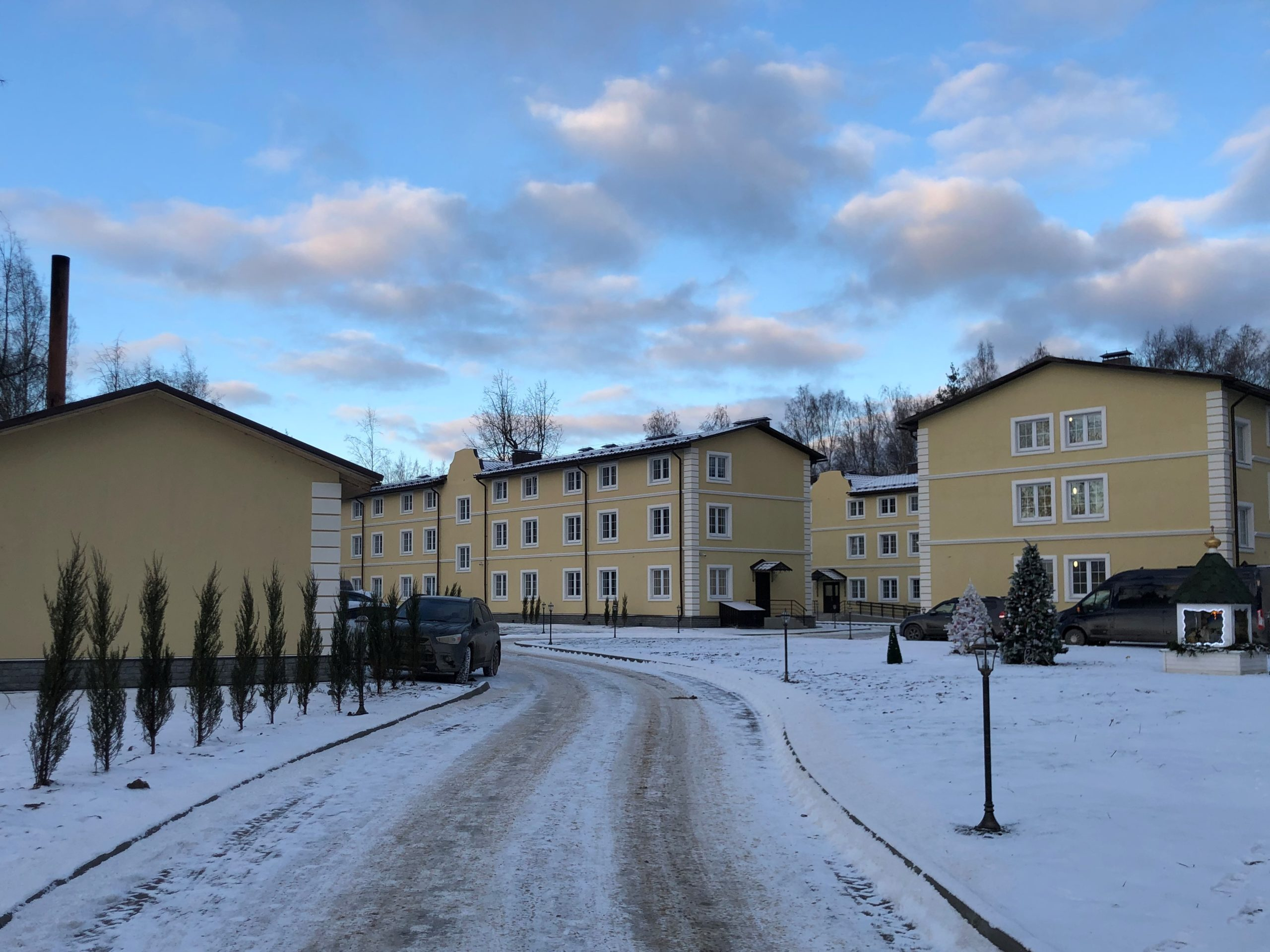 Новые корпуса социальной гостиницы «Дочки-Матери» открылись в женском монастыре Тверской области
