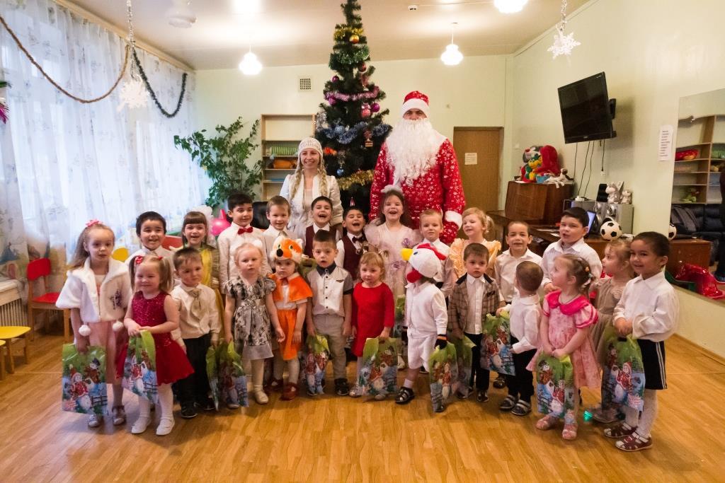 Тверские энергетики организовали праздничный утренник для пациентов детского противотуберкулёзного санатория