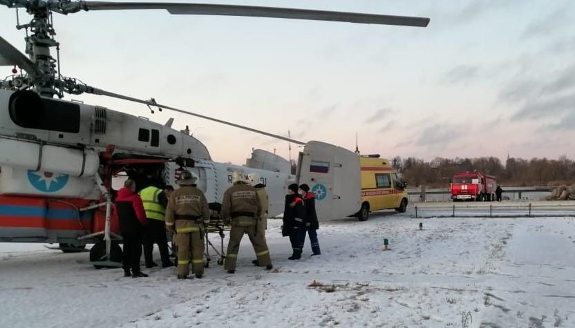 Пациента из калязинской больницы доставили в Тверь на вертолете