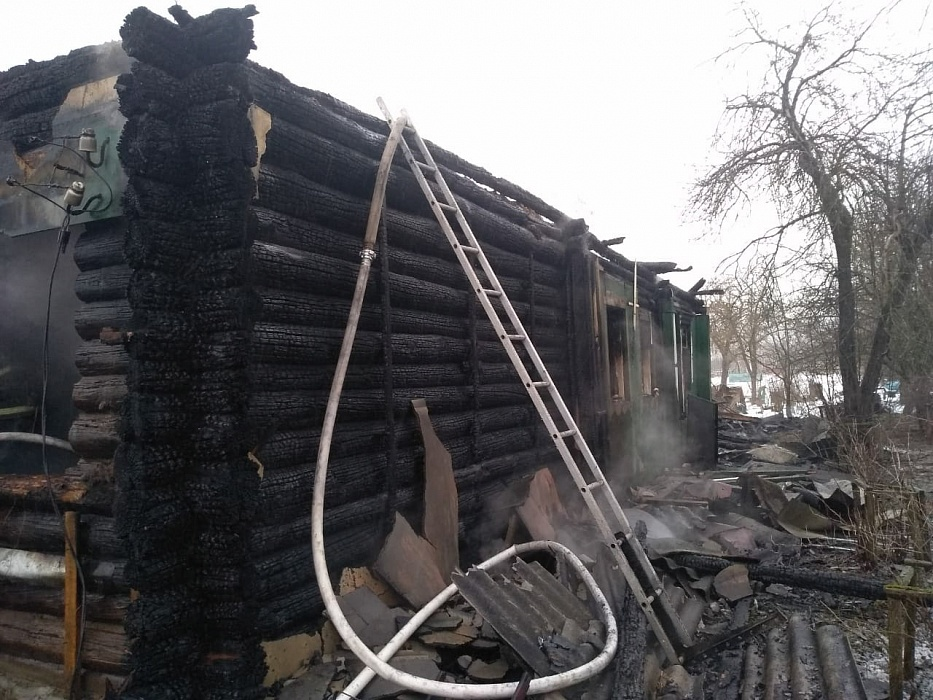 В Тверской области мужчина спас из пожара мать, но погиб сам