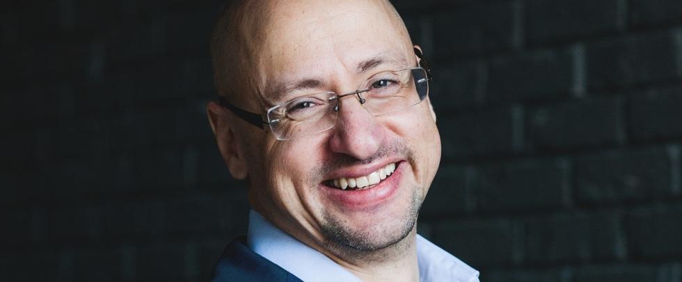В Твери проведут «#Литмост» с писателем Артемом Драбкиным