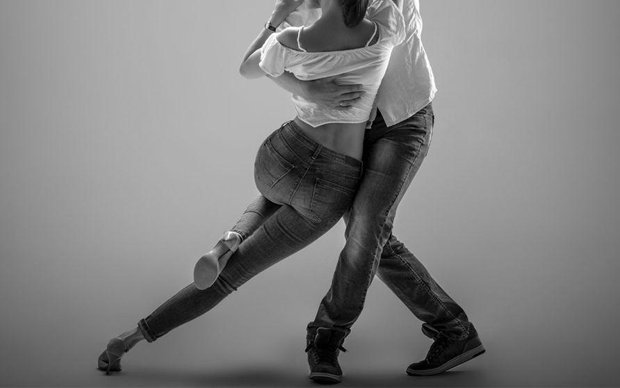 На фестивале творчества в Твери будут водить хороводы и танцевать кизомбу