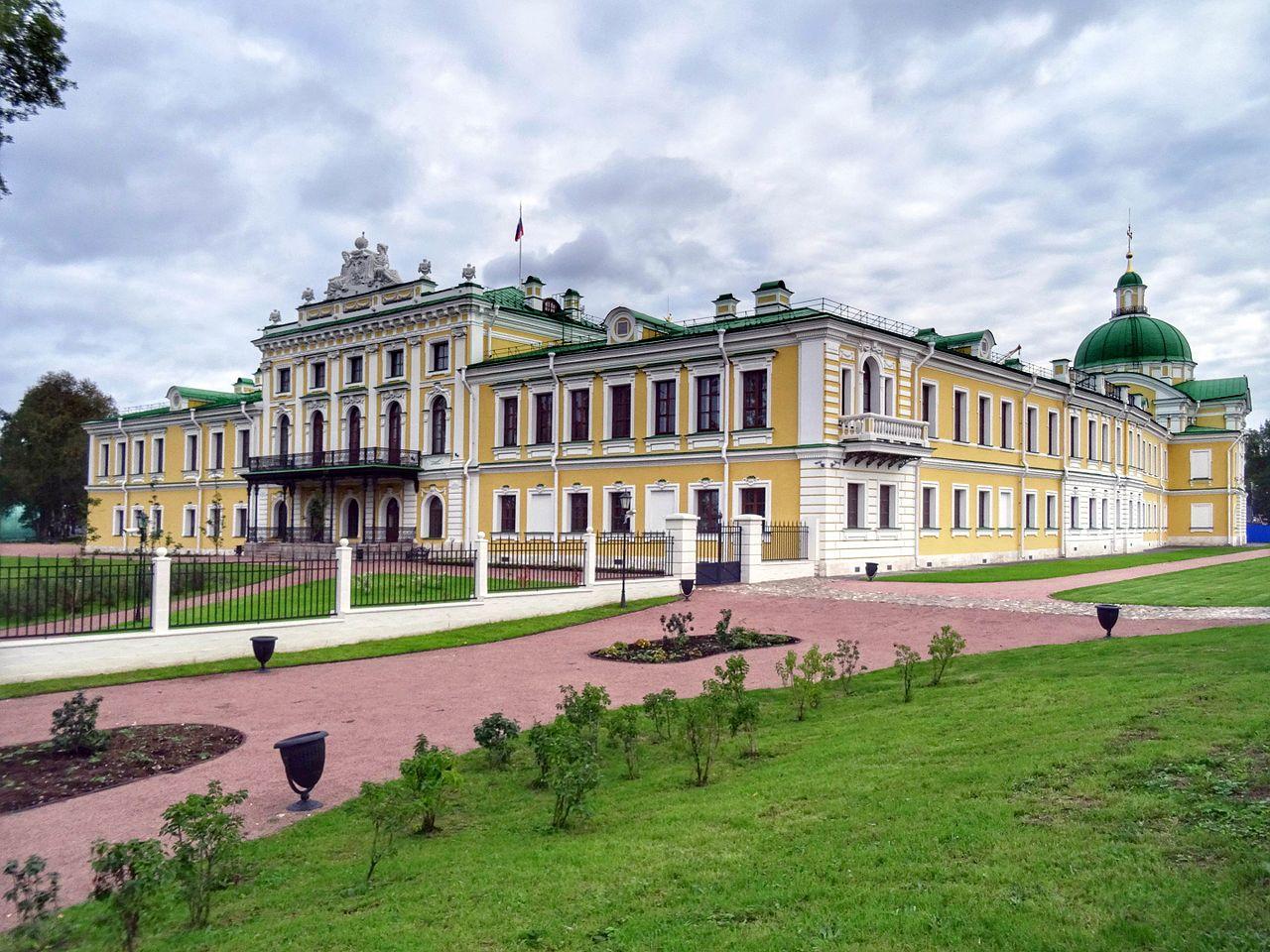 В Тверском императорском дворце открылась выставка к 150-летию со дня рождения художника Аркадия Александровича Рылова