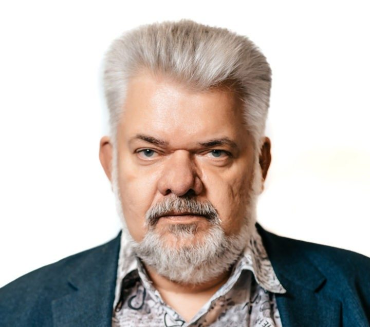 Владислав Толстов: Консолидация электросетевых активов – завершение еще одной истории из «лихих 90-х»
