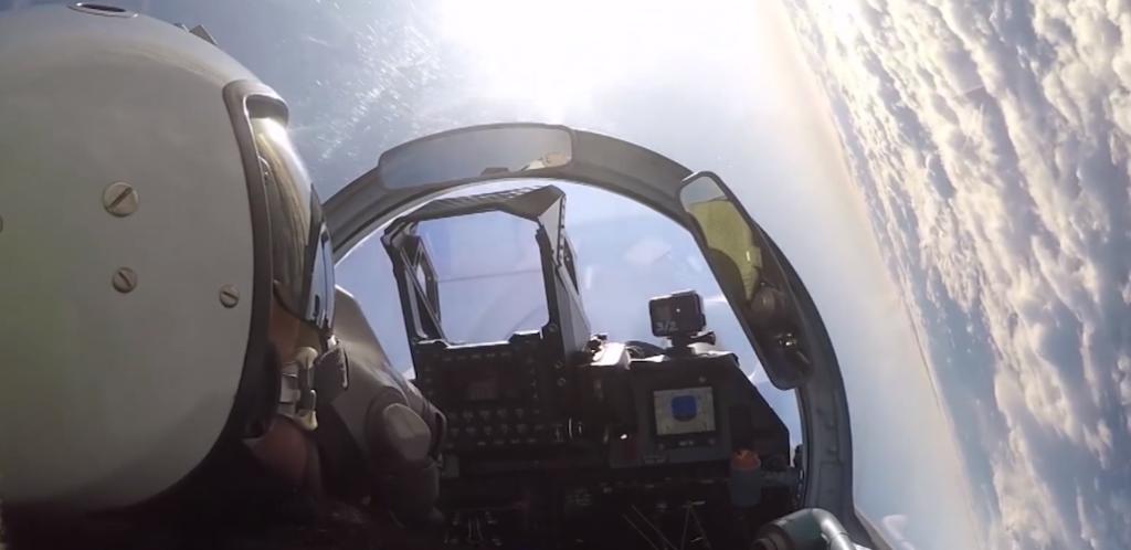 Под Тверью новые истребители Су-35С прошли испытание метелью