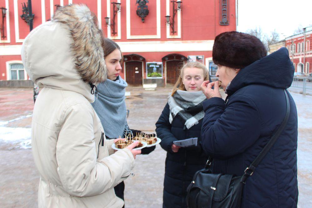Жители Вышнего Волочка узнали, из чего пекли хлеб в блокадном Ленинграде