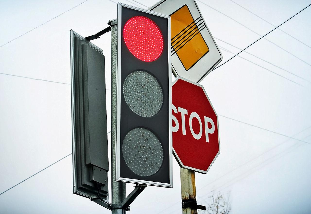 Администрация Твери рассказала, что в городе делают со светофорами