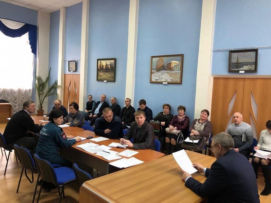 На заседании в администрации Калязинского района обсуждали вопросы безопасности