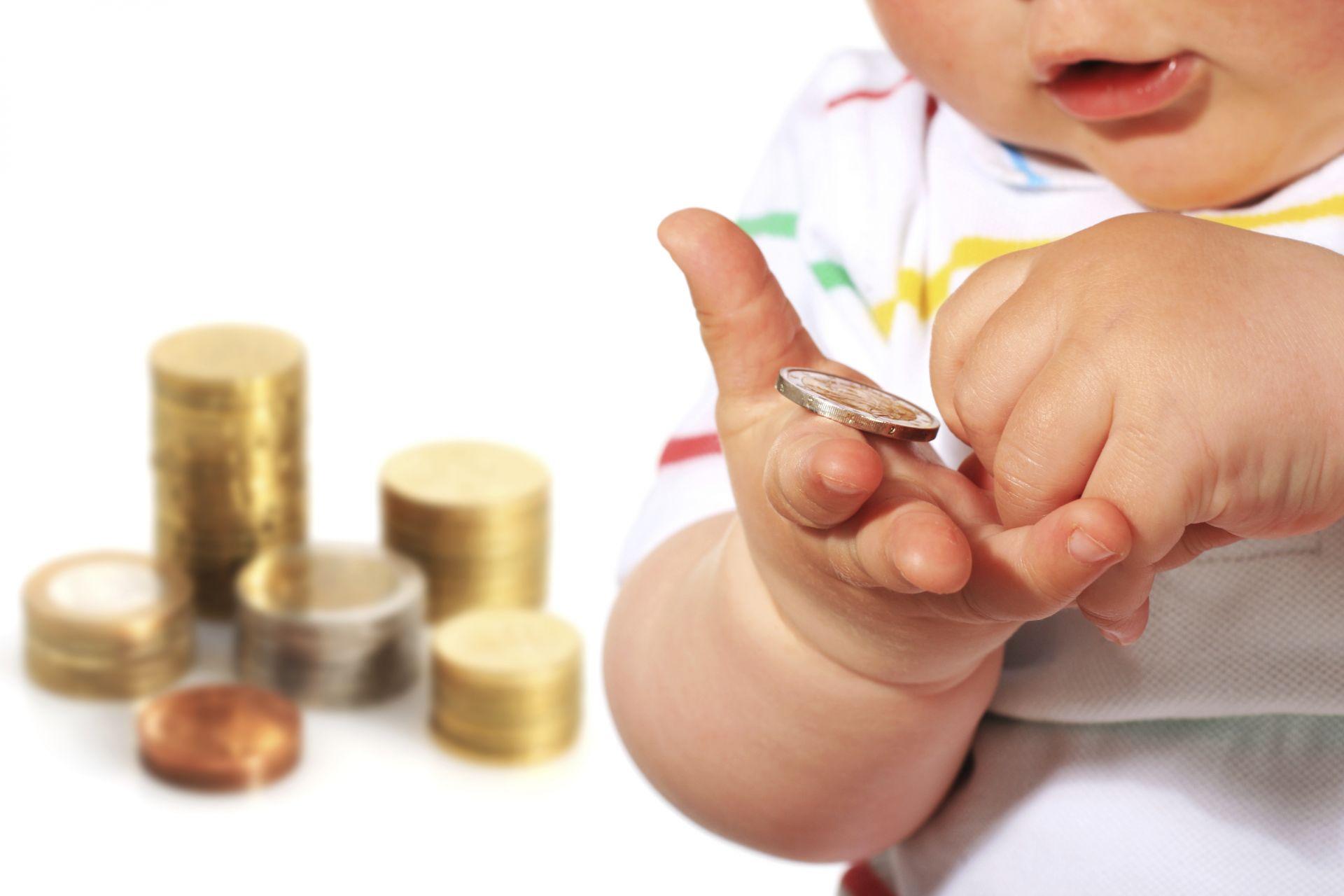 В Тверской областибольше семей смогут получать выплаты на первенца