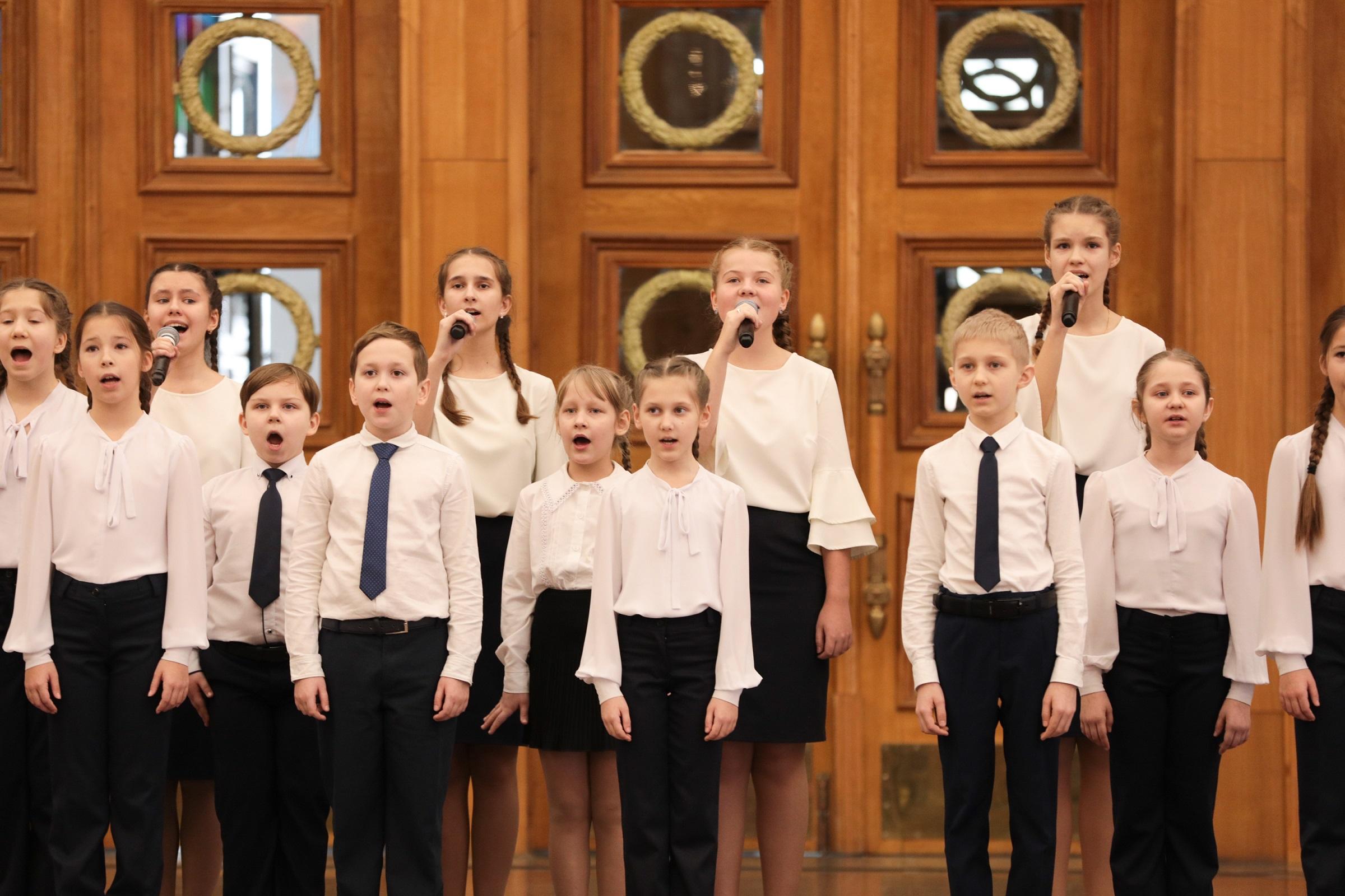 Юные вокалистки из Конаково выступят в Музее Победы
