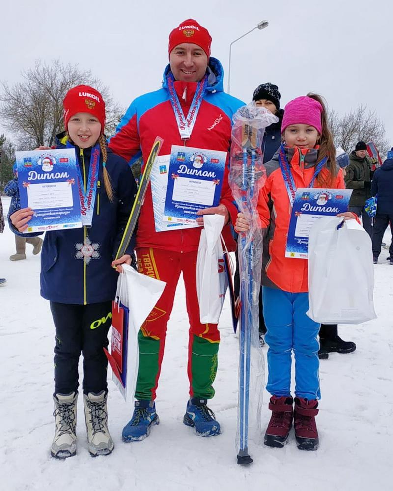 Юные лыжницы из Лихославльского района не оставили шансов соперницам