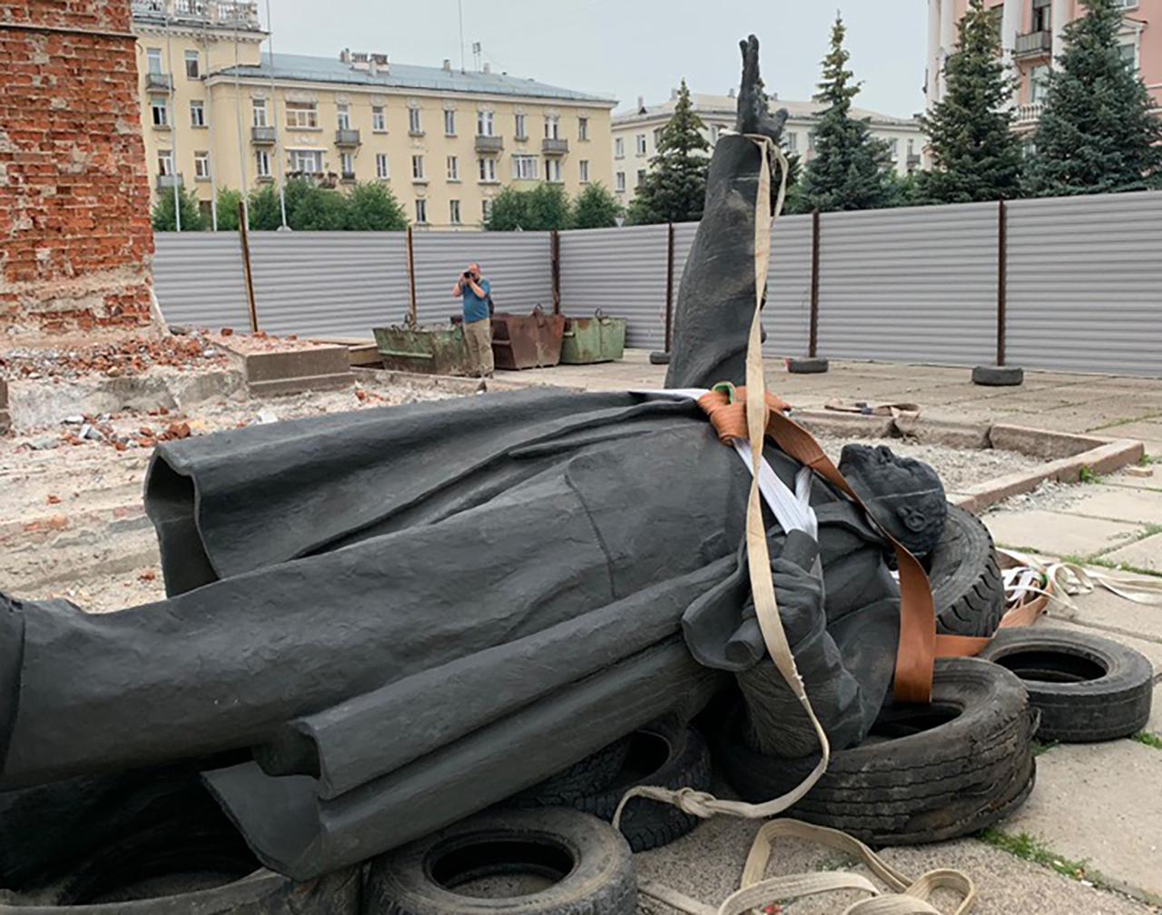 Памятник Ленину уберут из сквера в Тверской области