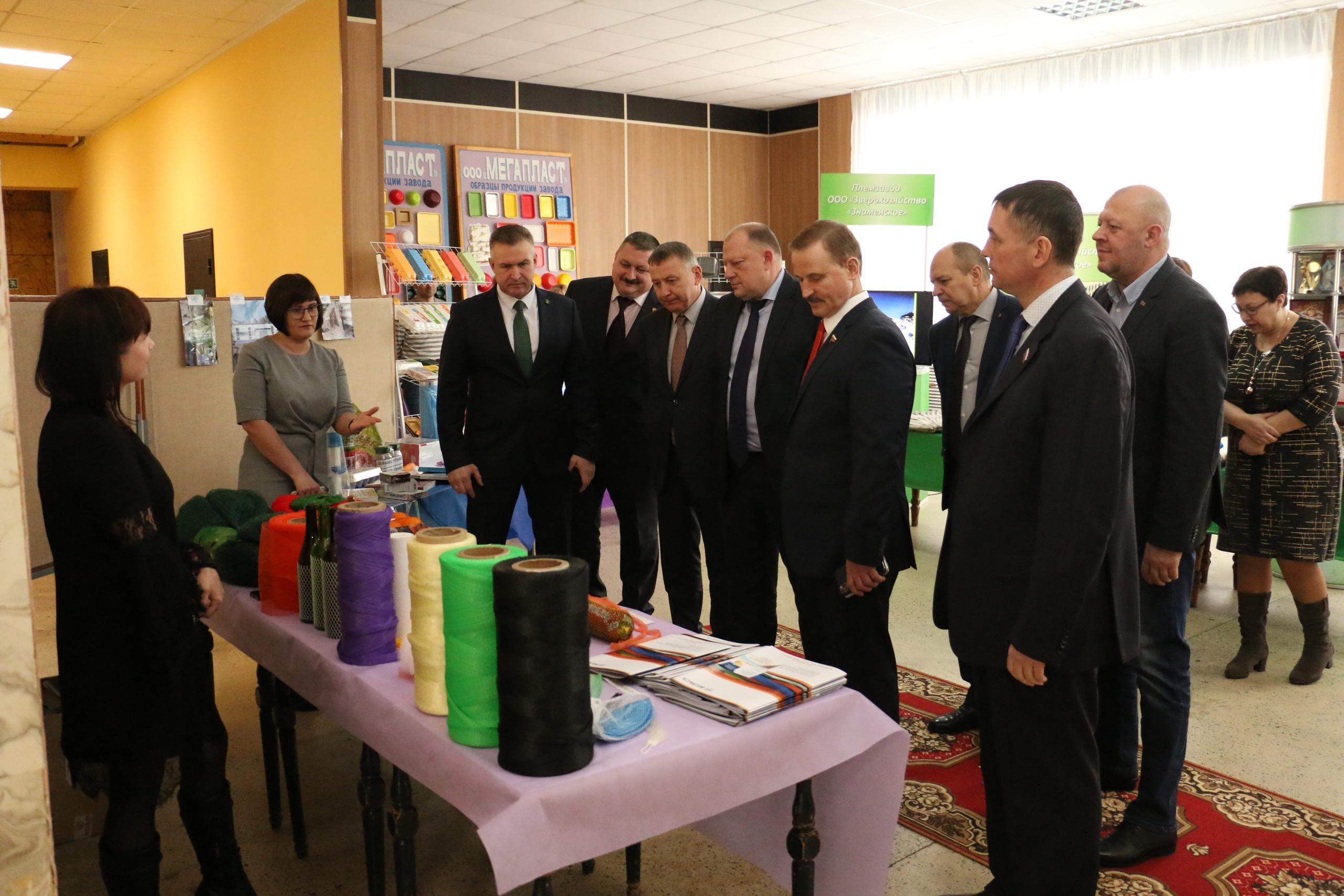 Парламентарии Сергей Голубев и Сергей Веремеенко побывали в Торопецком районе Тверской области