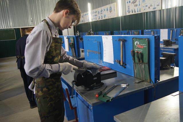 Западнодвинские школьники осваивают рабочие профессии