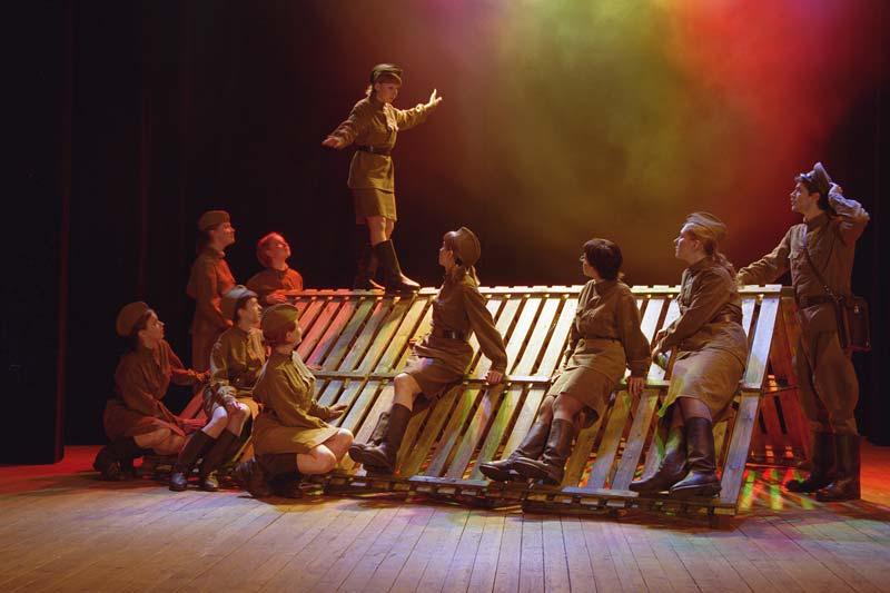 15 февраля тверские жители смогут посетить музыкальный военный спектакль «Дорогами войны»