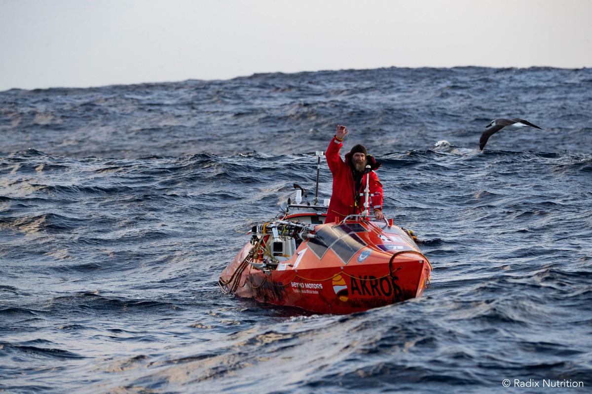 Федор Конюхов переплывет два океана на солнечных батарейках