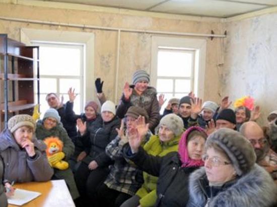 В Тверской области жители нескольких деревень сделали непростой выбор