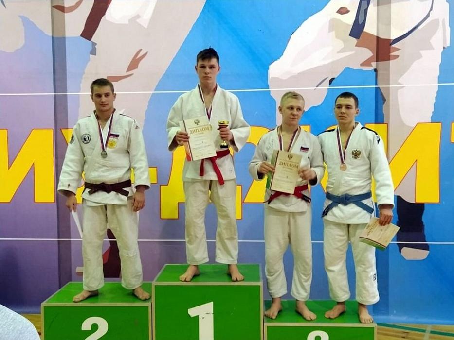 Вышневолоцкие спортсмены привезли с Первенства России золотые медали