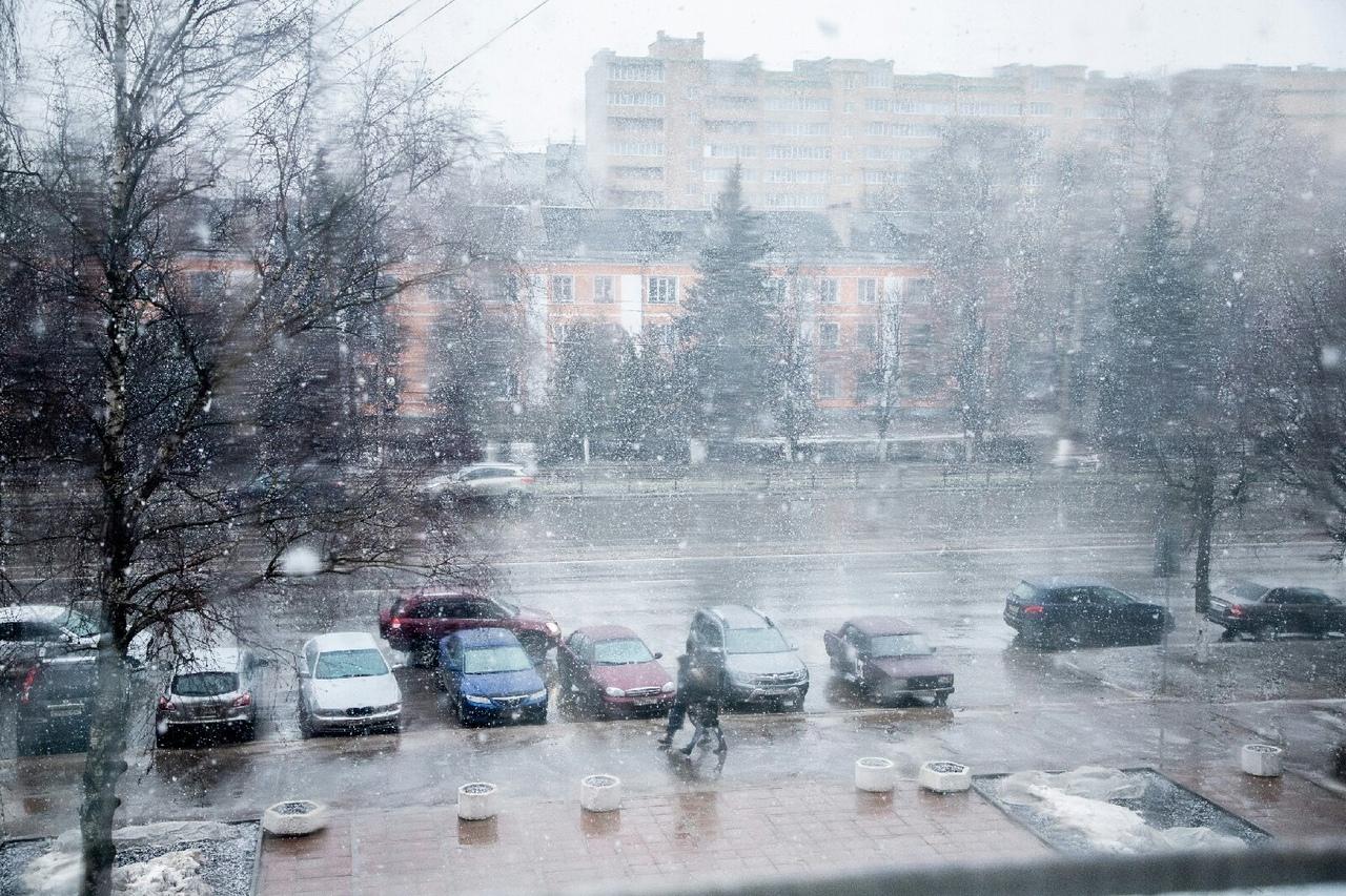 По Твери пронеслась настоящая снежная буря