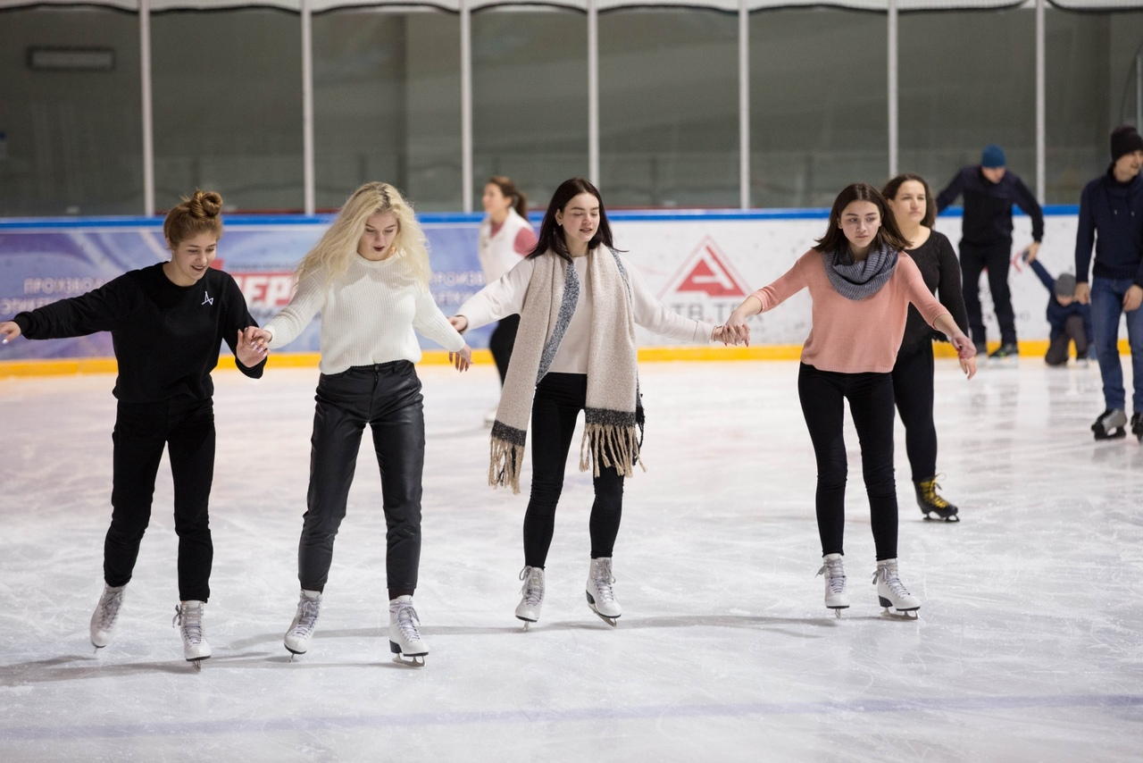 Жителей Твери приглашают покататься на коньках