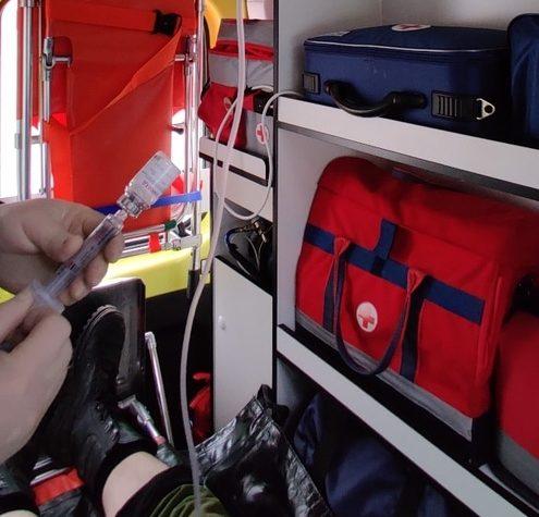 В Тверской области врачи спасли потерявшего сознание на работе мужчину