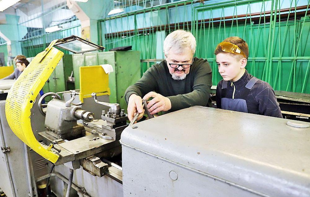 Школьники Тверской области программировали электрические цепи