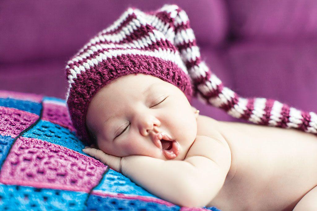 Более 5400 тверских семей получили выплаты за рождение первенца