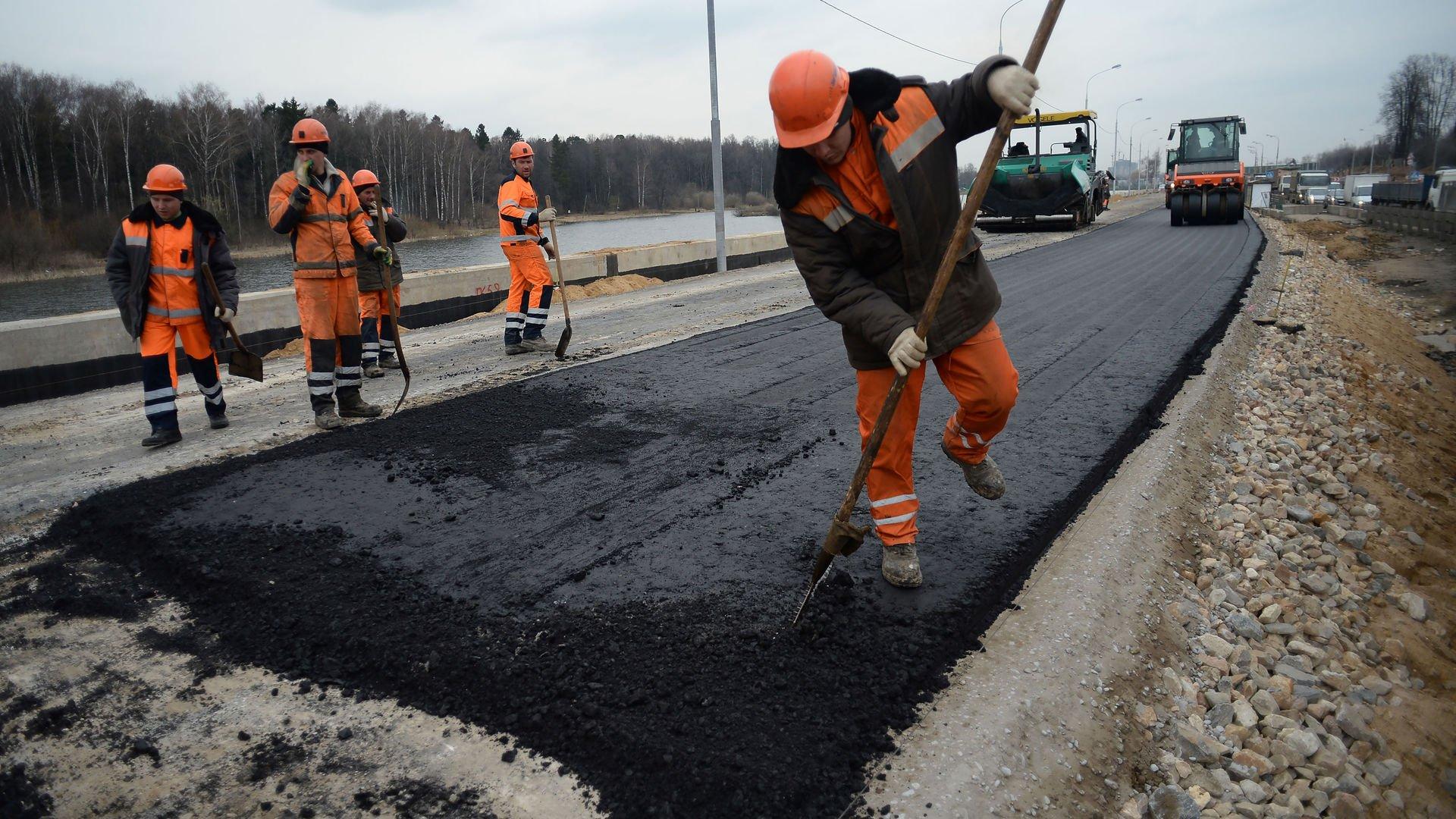 Ведется восстановление движения на дороге  Лесное - Заболотье - Телятники