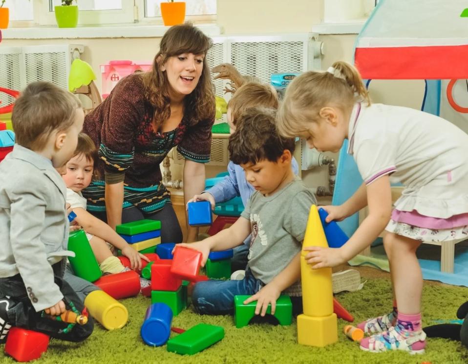 В Твери открыта запись в дежурные детские садики