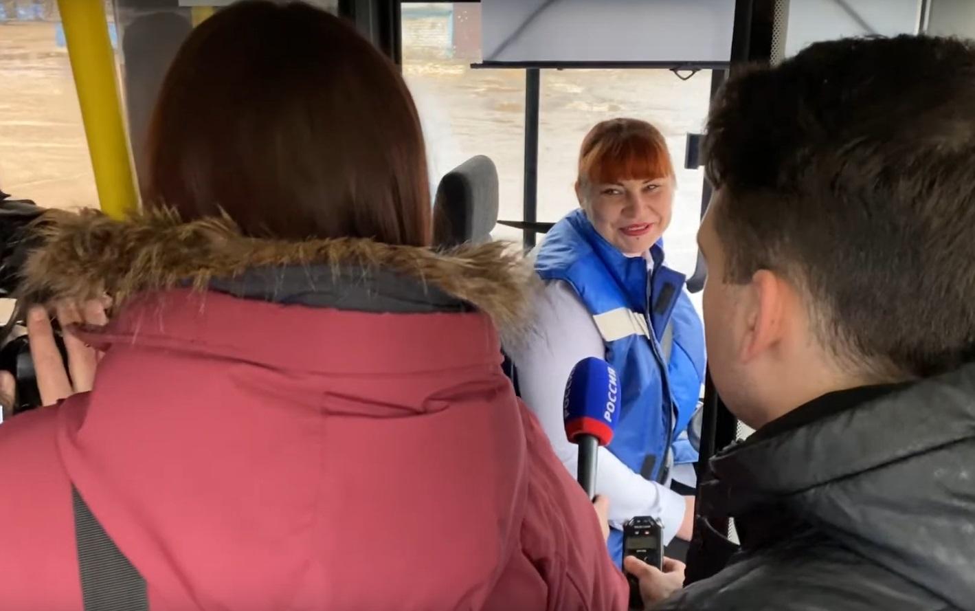 Женщины за рулем автобусов в Тверской области