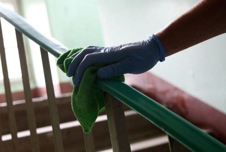 Управляющим компаниям Тверской области рекомендовано чаще мыть подъезды