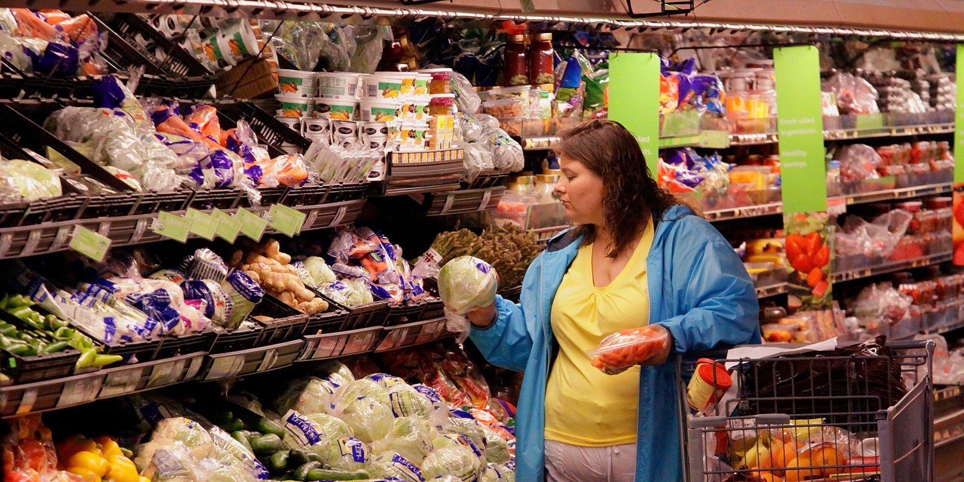 Названы самые скупаемые продукты в Тверской области