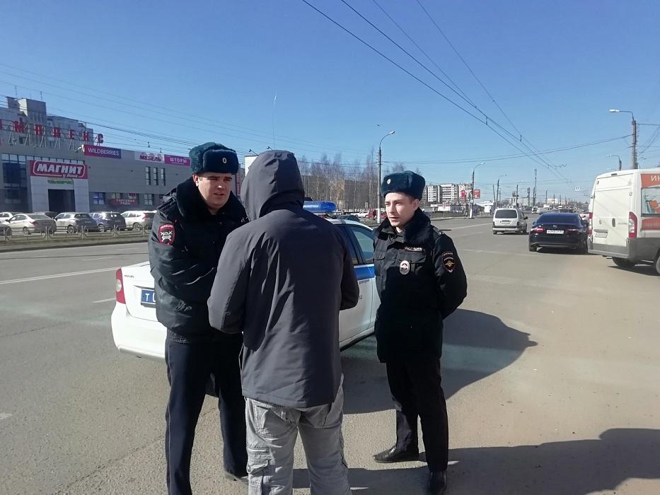 Сотрудники ГИБДД проверили сознательность пешеходов в Твери