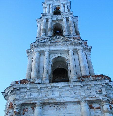 Калязинскую колокольню в Тверской области ждет реставрация