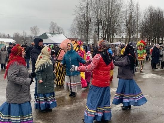 В Тверской области прошли праздничные гулянья «Ну, блин, Масленица»