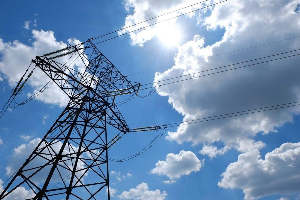 Электроснабжение в Кесовогорском районе полностью восстановлено